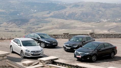 Hyundai i40 vs Peugeot 508 vs Skoda Superb vs Toyota Avensis