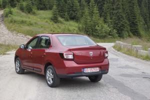 Dacia Logan 10 ani (02)