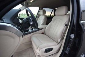 BMW X5 xDrive25d AEx (05)