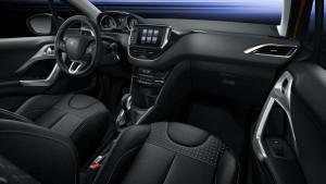 Peugeot 208 facelift (05)