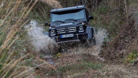 Mercedes-Benz a dat drumul bestiei! G500 4×4² în acțiune