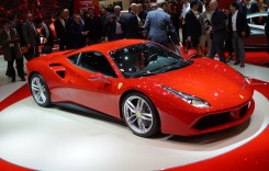 Fiat vinde încă 10% din acţiunile Ferrari. Primul pas spre scindare?