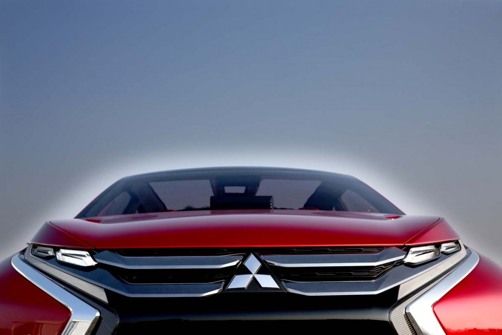 Mitsubishi  XR-PHEV Geneva (10)