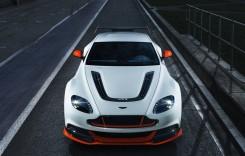 Aston Martin rămâne în mezozoic, păstrează motoare V12