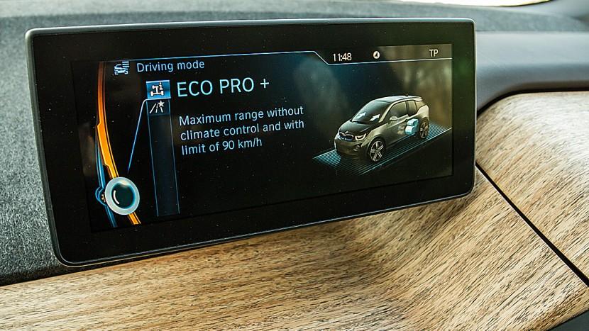 BMW cu ecran tactil | AutoExpert.ro