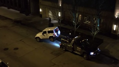 """Un posesor de Jeep spune """"nu"""" când i se ridică mașina"""