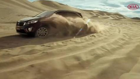 Noua Kia Sorento cucereşte deşertul. În acţiune prin nisip