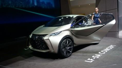 GENEVA LIVE: Lexus LF-SA atacă Audi A1 și Mini
