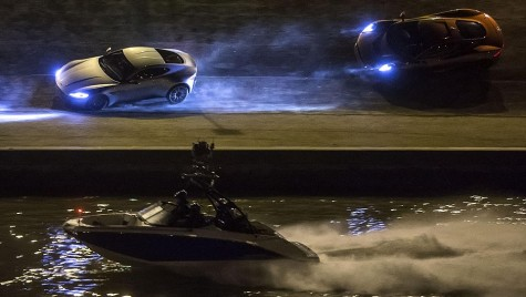 Cascadorii epice în noul James Bond Spectre trailer