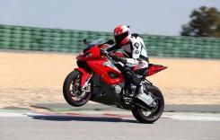 BMW Motorrad ia cu asalt Salonul de Motociclete, Accesorii si Echipamente Bucureşti