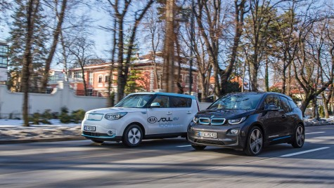 BMW i3 vs Kia Soul: Viitorul sună… foarte liniștit