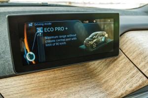 BMW i3 vs Kia Soul EV AEx (007)
