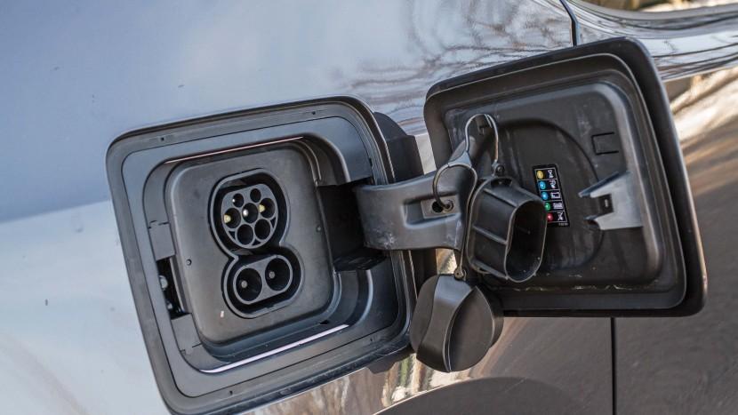 BMW i3 vs Kia Soul EV AEx (009)