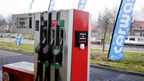 Benzina ieftina, distribuită direct de hypermarketuri