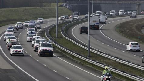 Lipsa autostrăzii Pitești-Sibiu pune în pericol viitorul Dacia în România