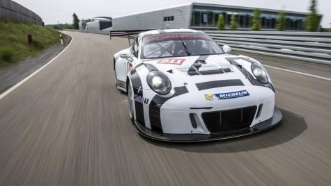 Porsche 911 GT3 R e o mașină de curse pentru public