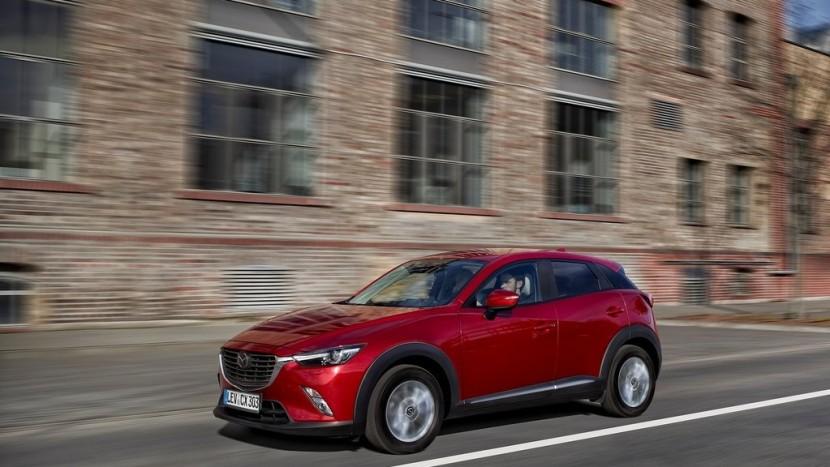 Mazda-CX-3_2016_1024x768_wallpaper_0f