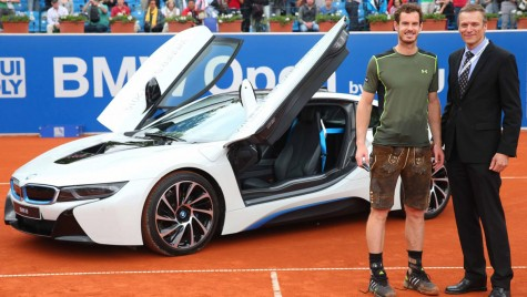 Andy Murray câștigă turneul BMW Open și un BMW i8