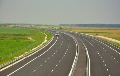 Începe construcţia primelor parcări pe autostrada Bucureşti-Ploieşti
