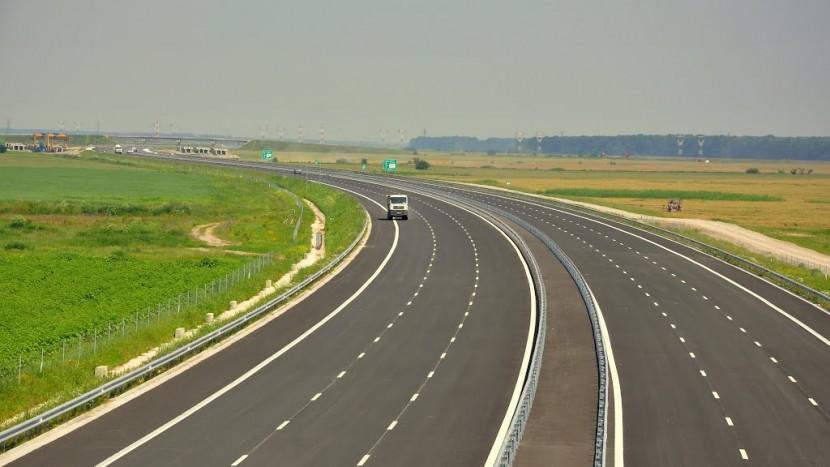 Guvernul României a renunțat la fondurile europene destinate autostrăzii Târgu Mureş - Iaşi