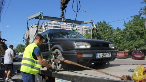 Noi tarife pentru ridicarea masinilor parcate neregulamentar