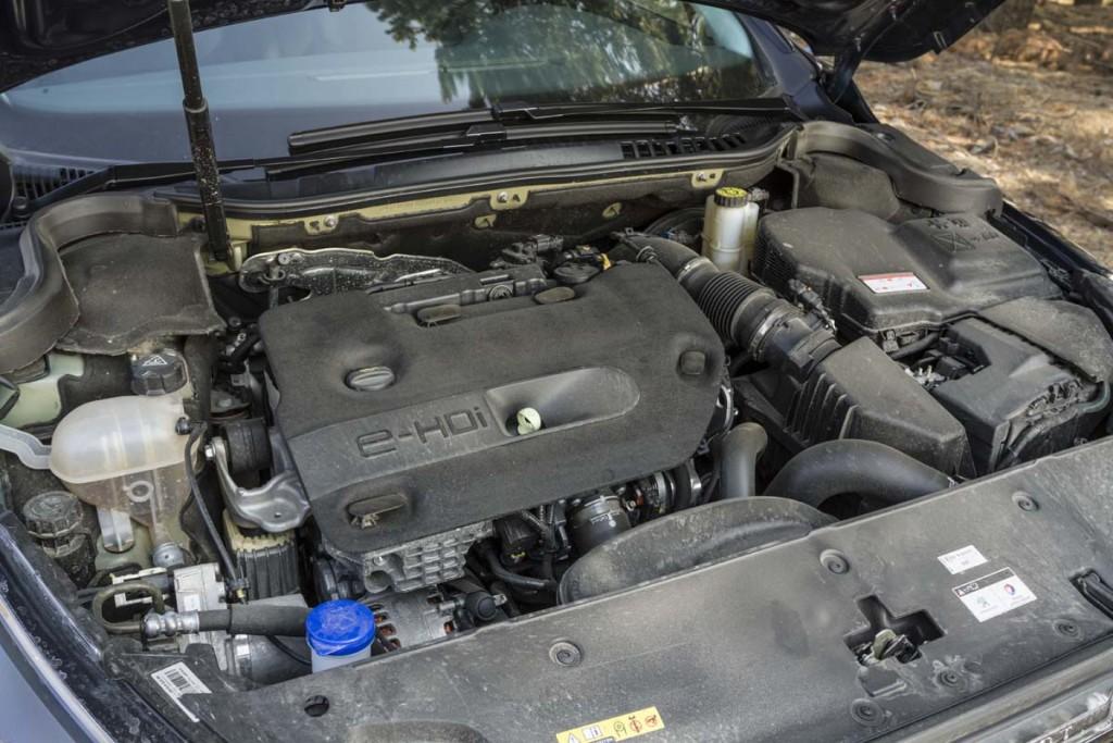 Comparativ AutoExpert - clasa medie - Mazda6 Peugeot 508 VW Passat (020)