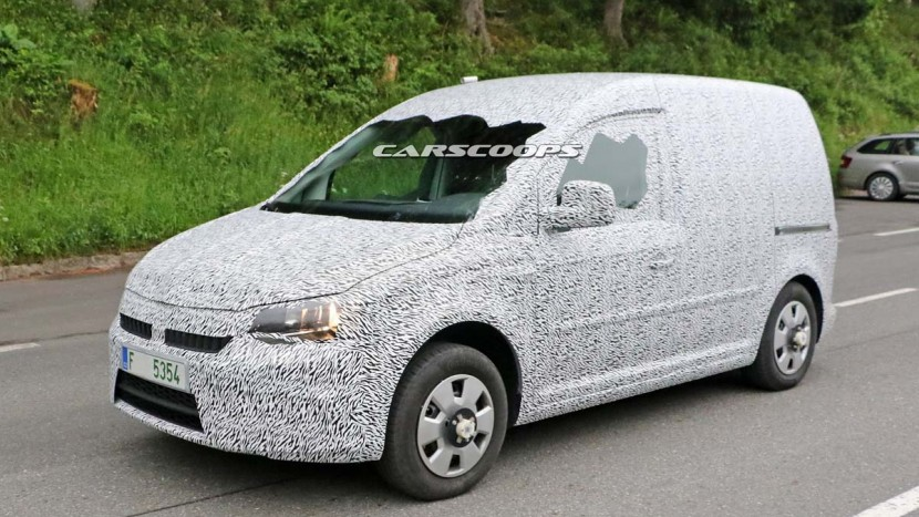 Noua Skoda Roomster - VW Caddy - AEx (1)