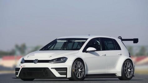 VW pășește timid în lumea turismelor cu Golf TCR