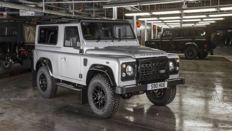 Producția lui Land Rover Defender s-ar putea prelungi și în 2016