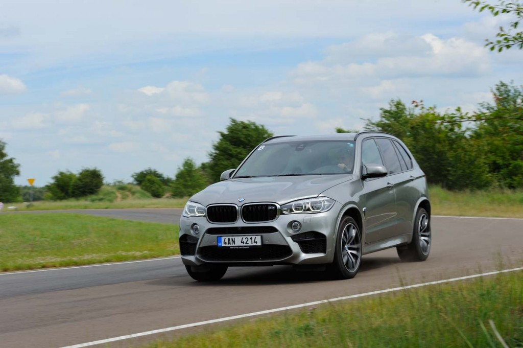 Fascinatie AutoExpert - BMW X6 M si BMW X5 M (007)