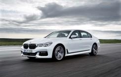 BMW ia cu asalt Salonul Auto de la Frankfurt