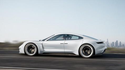 Porsche Mission E: Primul Porsche electric, în producție din 2019