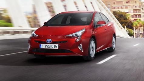 Toyota aduce la Frankfurt noul Prius