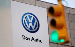 VW a rezolvat disputa cu furnizorii, reia producția