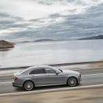 2017-Mercedes-E-Class-26