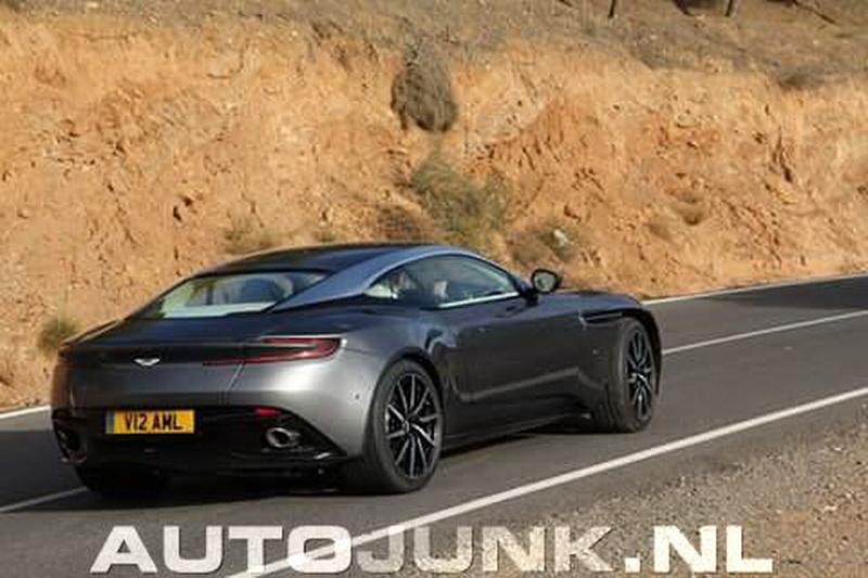 Aston-Martin-db11-a