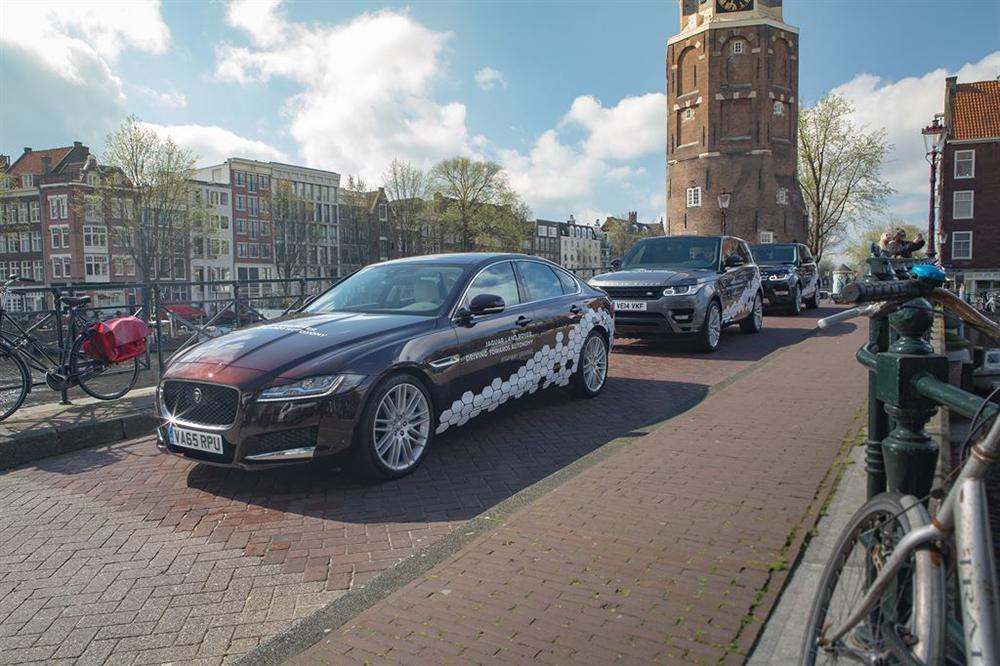 2016 Jaguar - Range Rover autonom