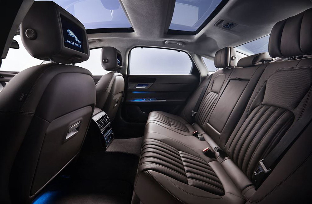 2016 Jaguar XF-L