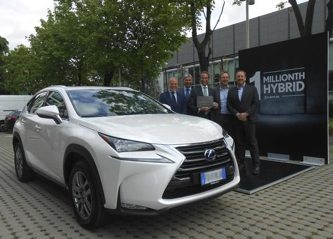 Lexus 1 milion