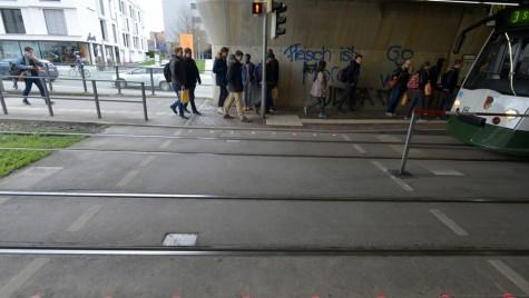 Siguranța înainte de toate: semafoare în pavaj