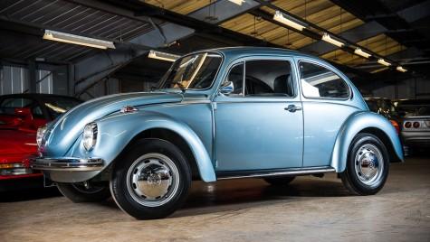 VW Beetle cu 90 km la bord scos la licitație