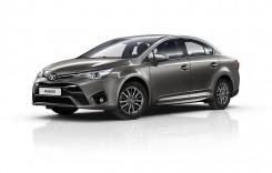Toyota Avensis primește un mic update
