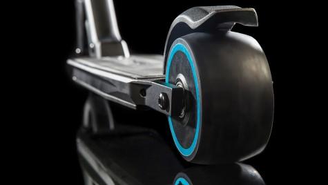 Peugeot e-Kick, vedeta ambuteiajelor