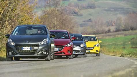 Clasa mica diesel: Mazda2 versus Opel Corsa, Peugeot 208, Renault Clio