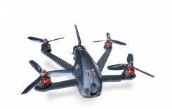 Nebunie fără limite: drona Nissan prinde suta în 1,2 secunde!