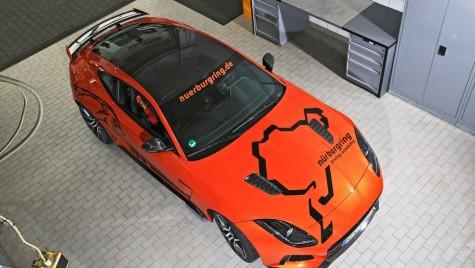 Jaguar F-Type SVR, devine taxi pe Nurburgring