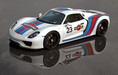 Porsche 918, furat în amiaza mare, din showroom!