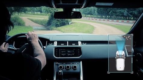 Land Rover va rula autonom și pe teren accidentat!