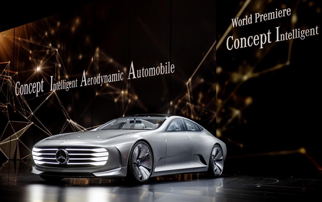 Mercedes IAA - Mercedes electric