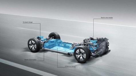 Noul sub-brand EQ și primul Mercedes 100% electric vin la Paris